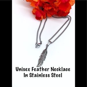 NWT UNISEX Feather Necklace in Stainless Steel